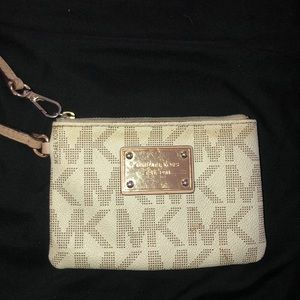 Used Michael by Michael kors wristlet